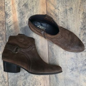 Vaneli Brown Ankle boots Size 8 1/2